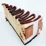 Oreo kit kat  cheesecake